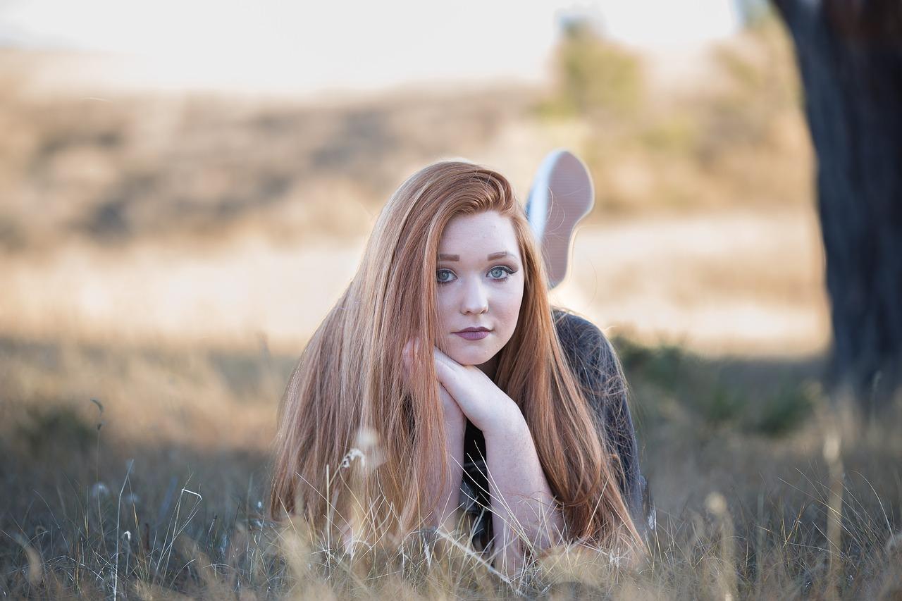 redhead-beautiful-girl-1996288.jpg